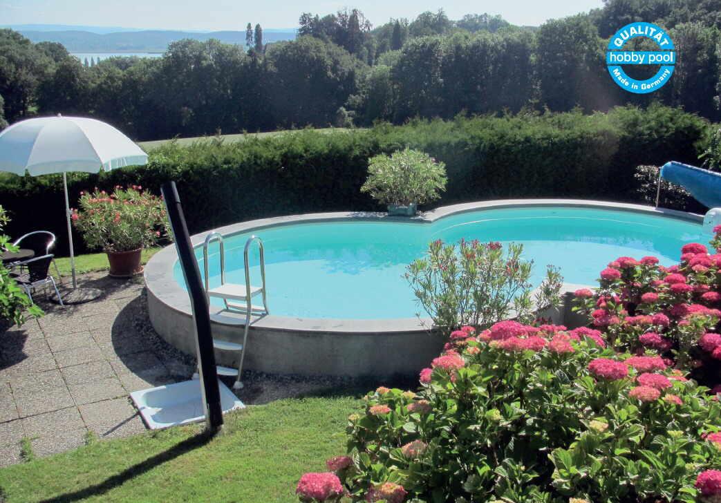 schwimmbecken set als achtform stahlmantel pool mit. Black Bedroom Furniture Sets. Home Design Ideas
